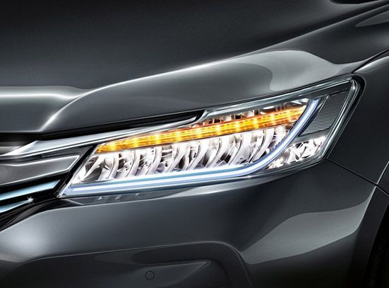 Accord-hybrid-Automatic led headlamps with integrated LED DRL